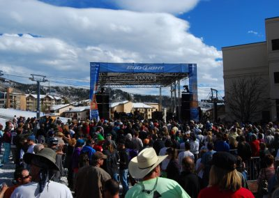 Bud Light Rocks the Boat-Steamboat